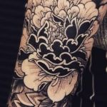 bambi_tattoo-on-move_tattoo_tatouage_mandala_dotwork_ornemental_fleur_floxer_pivoine_peony_pattern